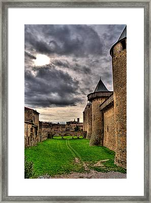 Carcassonne Castle Framed Print by Gareth Davies