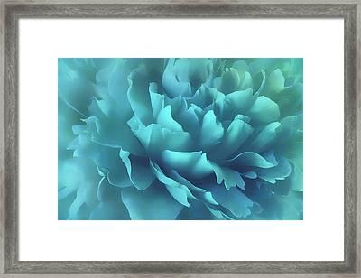 Framed Print featuring the photograph Caribbean Splash by Darlene Kwiatkowski