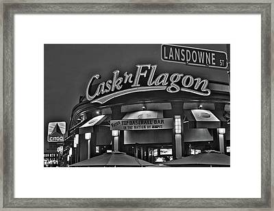 Cask And Flagon Citgo Sign Lansdowne Street Black And White Framed Print by Toby McGuire