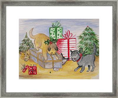 Cat And Mouse Framed Print by Leslie Manley