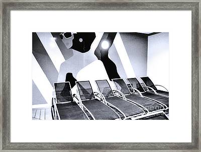 Catching Rays Framed Print by Robyn King