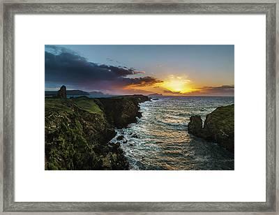 Ceann Sibeal Sunset Framed Print