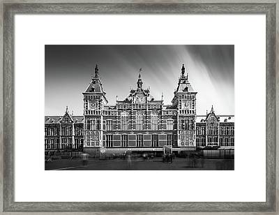 Central Station Framed Print by Ivo Kerssemakers