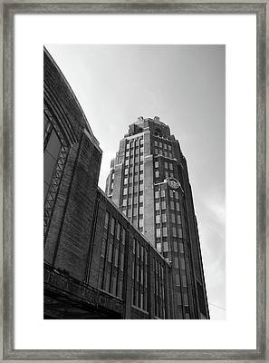 Framed Print featuring the photograph Central Terminal 15142 by Guy Whiteley