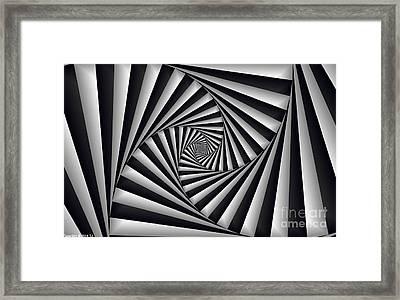 Centrolinear 2 Framed Print