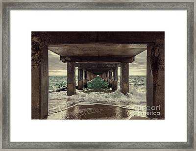 Changing Tides Framed Print by Andrew Paranavitana