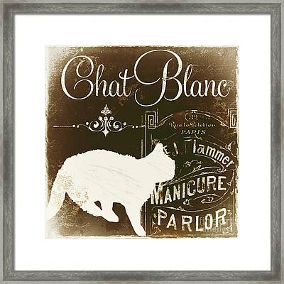 Chat Blanc Framed Print by Mindy Sommers