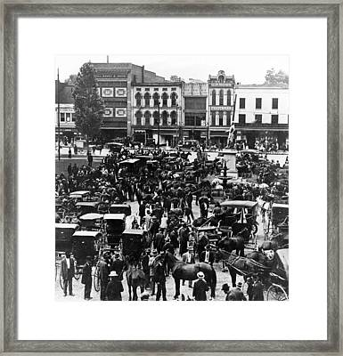 Cheapside Public Square In Lexington - Kentucky - April 7  1920 Framed Print
