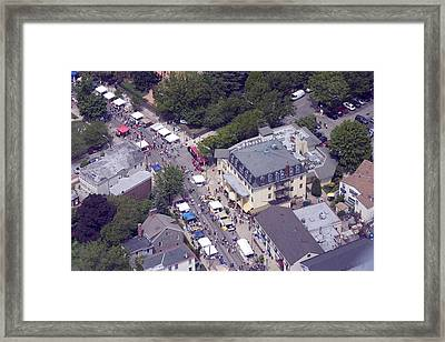 Chestnut Hill Home And Garden Festival Chestnut Grill 8229 Germantown Ave Philadelphia Pa 19118 Framed Print by Duncan Pearson