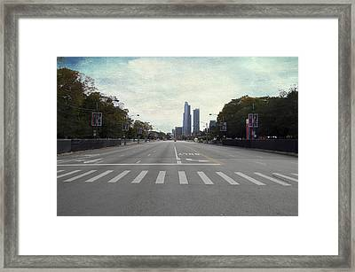 Chicago Marathon The Day Before 01 Textured Framed Print by Thomas Woolworth