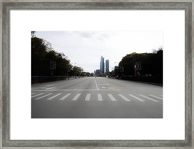 Chicago Marathon The Day Before 01 Framed Print by Thomas Woolworth