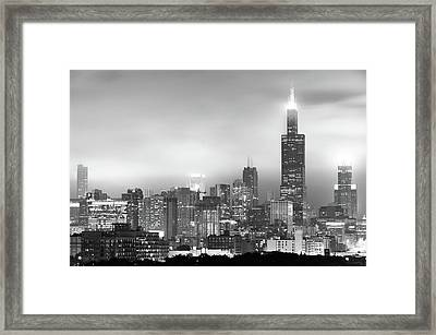 Chicago Skyline Black And White - Illinois - Usa Framed Print