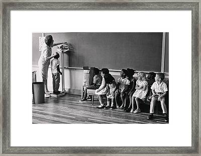 Children Of Migrant Workers Framed Print by Everett