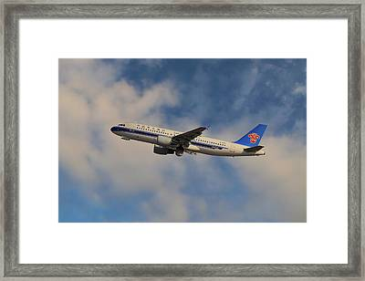 China Southern Airlines Airbus A320-214 Framed Print