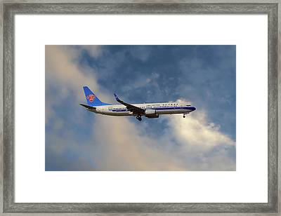 China Southern Airlines Boeing 737-81q Framed Print
