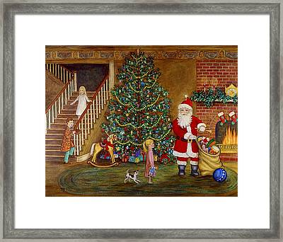 Christmas Visitor Framed Print by Linda Mears