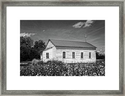 Church At Frogmore Plantation  -  Bw Framed Print by Frank J Benz
