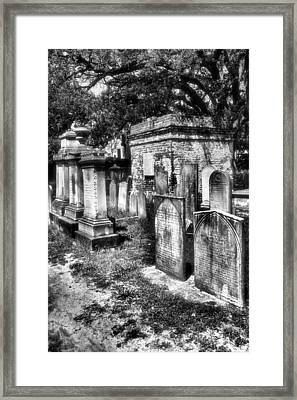 Churchyard Of Old Charleston Framed Print by Steven Ainsworth