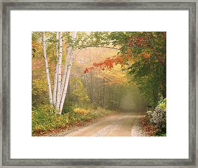 Cilley Hill Road In Underhill Vermont. Framed Print by George Robinson