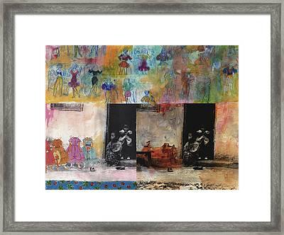 Cinderela Framed Print by Gloria Von Sperling