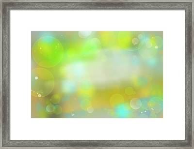 Circles Abstract 2 Framed Print by Les Cunliffe