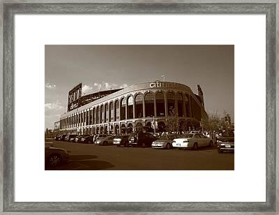 Citi Field - New York Mets 14 Framed Print by Frank Romeo