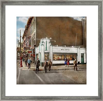 City - Amsterdam Ny - Hamburgers 5 Cents 1941 Framed Print by Mike Savad