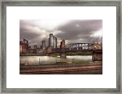 City - Pittsburgh Pa - Smithfield Bridge  Framed Print