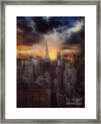 City Splendor - Sunset In New York Framed Print