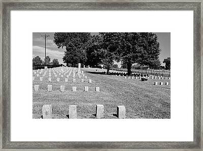 Civil War Soldiers In Franklin Framed Print by Peggy Leyva Conley