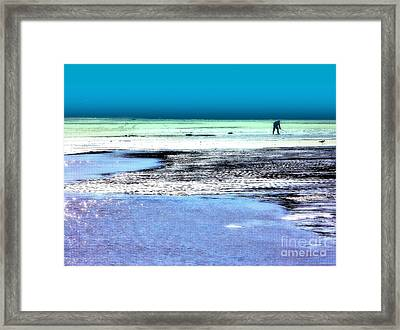 Clam Digger Framed Print by Andrew Cravello