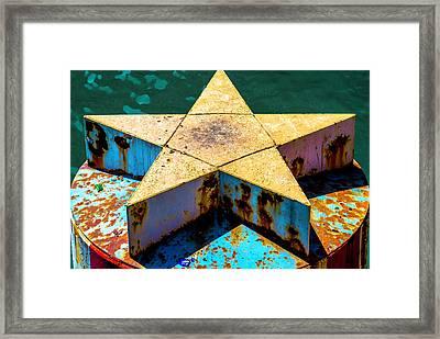 Clark Street Bridge Star Pylon V3 Dsc6070 Framed Print by Raymond Kunst