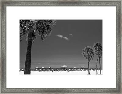 Clearwater Beach Bw Framed Print
