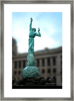 Cleveland War Memorial Fountain Framed Print