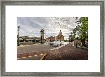 Framed Print featuring the photograph Clinton Square by Everet Regal