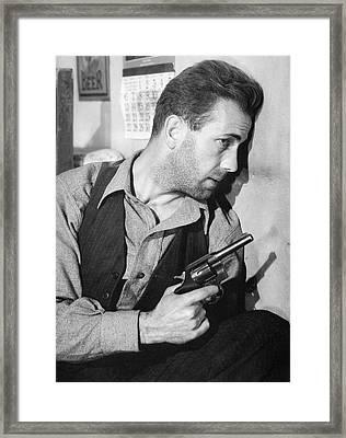 Close-up Up F Humphrey Bogart As Duke Mantee With Gun The Petrified Forest 1936 Framed Print