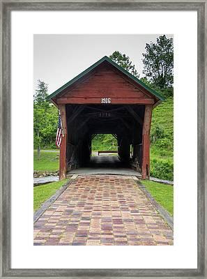 Clover Hollow Covered Bridge 04 Framed Print