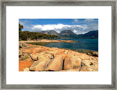 Coles Bay Framed Print by Vern Minard