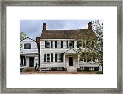 Colonial Williamsburg House 6 Framed Print by Todd Hostetter