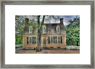 Colonial Williamsburg House 9 Framed Print by Todd Hostetter