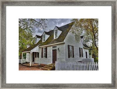 Colonial Williamsburg House Framed Print by Todd Hostetter