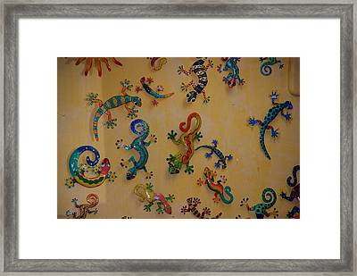 Framed Print featuring the photograph Color Lizards On The Wall by Rob Hans
