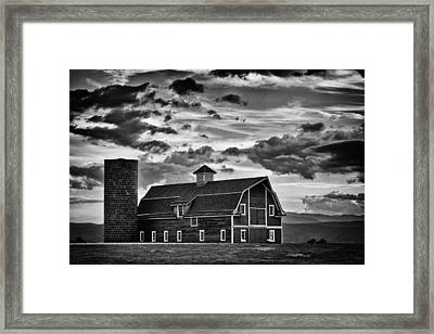 Colorado Barn Monochrome Framed Print by Darren White