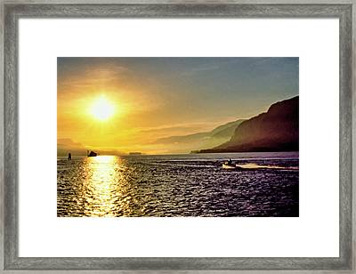 Columbia River 001 Framed Print