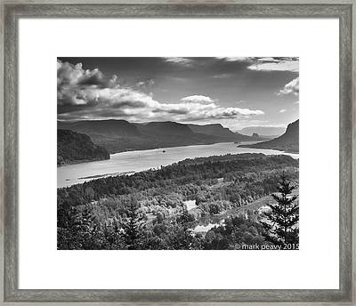 Columbia River Gourge Framed Print