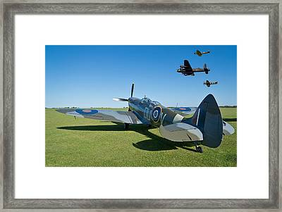 Coming Home Framed Print by Scott Carruthers