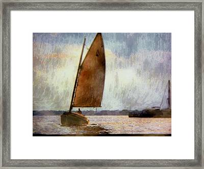Coming In Close  Framed Print by Rick Todaro