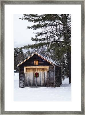 Connie Davis Watson Park In Conway New Hampshire Shack Framed Print by Toby McGuire