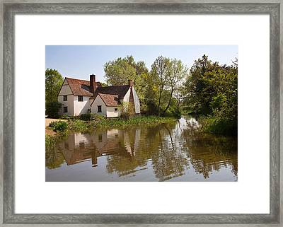 Constable Country The Hay Wain Framed Print by Ian Merton