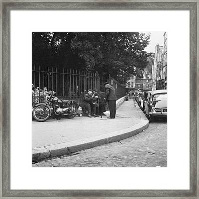 Conversation Framed Print by Hans Mauli